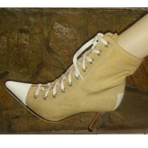 Manolo Blahnik Converse Style Ankle Boots Size 39